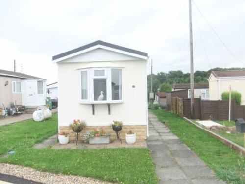 Bedroom Mobile Home For Sale Lower Dunton Road Brentwood