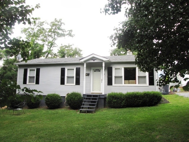 For Sale Thaxton Homes Roanoke