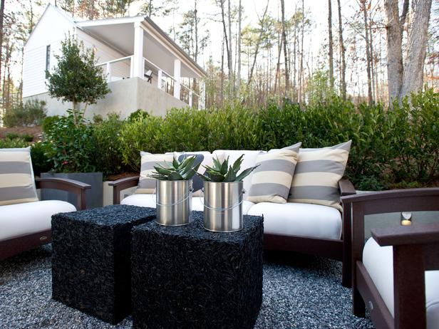 Hgtv Green Home Living Room Courtyard Pictures Page