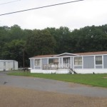 Lee Avenue Chickamauga Mobile Home Community