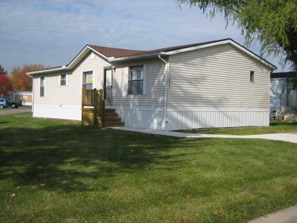 Living Commodore Mobile Home For Sale Chesterfield