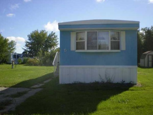 Living Marshfield Mobile Home For Sale Oshkosh
