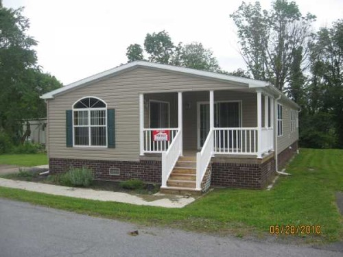 Living Redman Manufactured Home For Sale Middletown