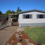 Manufactured Home Park View Lawn And Entryway