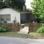 Spacious Square Foot Cracker Style Home Cottages And Cab