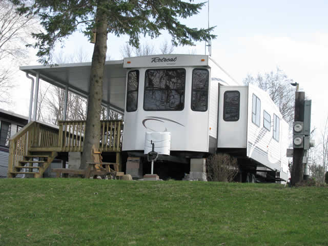 Trailers And Items For Sale The Park
