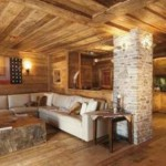 Log Homes Features Rustic Decor