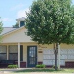 Yorkshire Townhomes Property Grounds Fort Smith